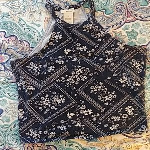 wet seal crop top size medium